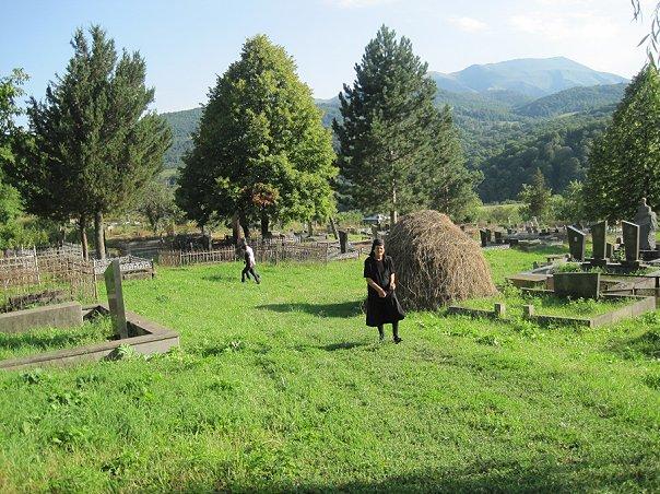 Опрет - Кладбище